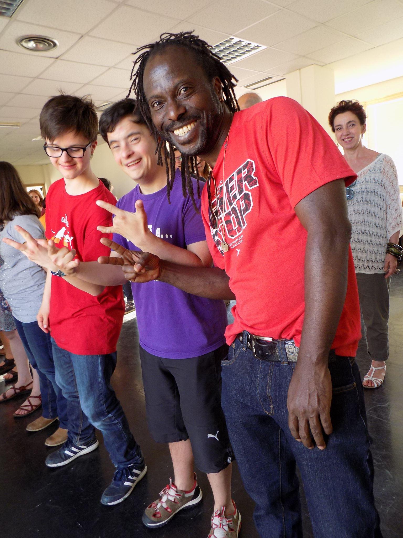 Migranti, a Firenze centro di accoglienza diventa luogo d'integrazione grazie al teatro